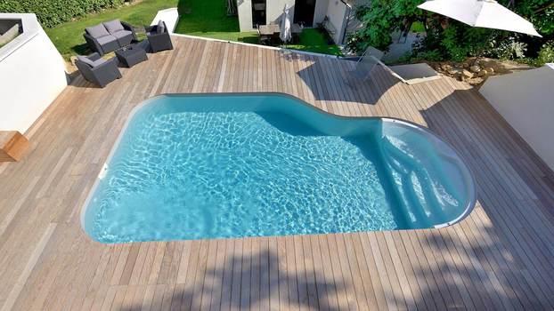 Basen Waterair Clea